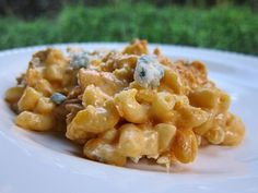 Love blue cheese.  Love chicken.  Love mac and cheese.  What's not to love?