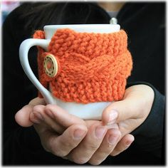 Keeping Things Simple... Reusable knitted coffee cup cozy Pumpkin pekoesiphouse.com