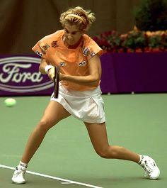 Tennis News, Sport Tennis, Jim Courier, Monica Seles, Australian Newspapers, Australian Open Tennis, Tennis Photos, Tennis Legends, Semi Final