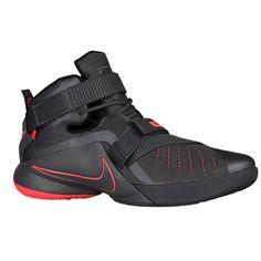 Nike Zoom Soldier 9 – Men's – Basketball – Shoes – LeBron James – Dark Grey/Black/Hot - Trend Shoes Lebron James Nike Shoes, Adidas Basketball Shoes, Wsu Basketball, Basketball Tricks, Nike Free Runners, Converse, Site Nike, Nike Shoes Outlet, Running Shoes Nike