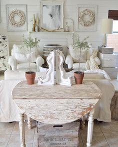 diy french country decor are offered on our web pages. Take a look and you wont be sorry you did. Country Decor, Decor, Living Room Decor Country, Chic Decor, Shabby Chic Decor, Interior, French Country Rug, Country Cottage Decor, Vintage Porch
