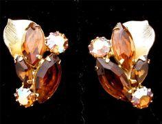 Signed Weiss Topaz Aurora Borealis Crystal Clip Gold Tone Leaf Earrings Vintage | eBay