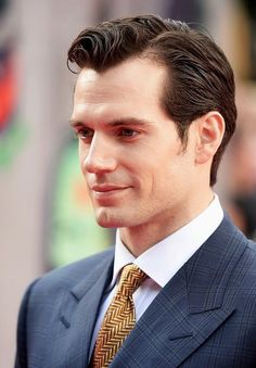 Henry Cavill News: Superman Supports 'Suicide Squad' Cast At London Premiere