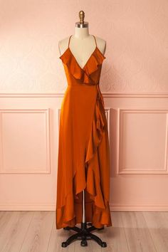 Fall in love with our unique dresses! Explore our wide range of with prom dresses, cocktail dresses, sequin dresses and short dresses. Ball Dresses, Cute Dresses, Evening Dresses, Formal Dresses, Orange Dress Outfits, Orange Prom Dresses, Burnt Orange Dress, Mode Inspiration, Ladies Dress Design