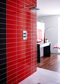 Linear Red Gloss