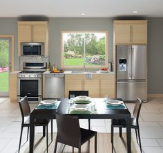 Contemporary kitchen suite with matching stainless steel appliances. #electrolux