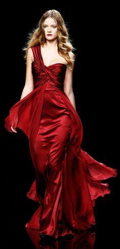 Zuhair-Murad-blood-red-gown.jpg (550×1135)
