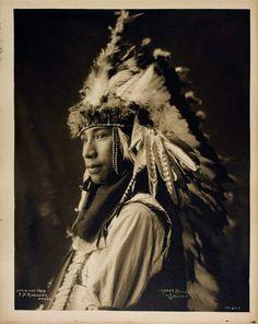 Crazy Bull Tatanka Witko Oglala Lakota by Frank ARinehart Native American Wisdom, Native American Clothing, Native American Beauty, American Indian Art, Native American Tribes, Native American History, American Symbols, Native Indian, Before Us