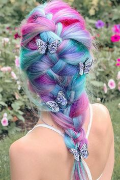 and included Pastel, Vibrant and Extreme Magenta in their line-up of products to create this pastel multi-colored french braid look. Cute Hair Colors, Pretty Hair Color, Hair Dye Colors, Red Hair Color, Magenta Hair, Blue Hair, Wacky Hair, Catty Noir, Crazy Hair Days