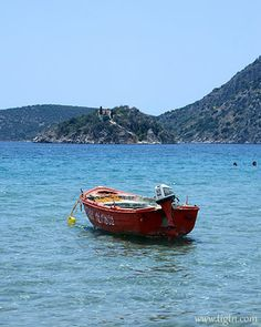 Rescue boat in - Argo, Beaches, Greece, Landscapes, Boat, Paisajes, Boats, Scenery, Argos