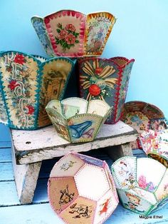 Vintage Craft, Making Baskets out of old Christmas Cards