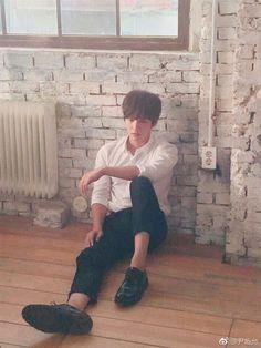 Park Bo Gum Moonlight, Dong Gu, Yoon Shi Yoon, Actors, Instagram Posts, Couples, Couple, Romantic Couples
