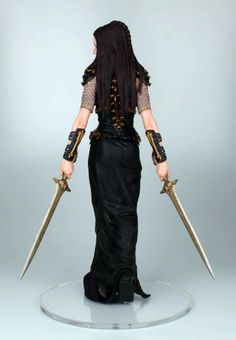 http://dowant.com.br/wp-content/uploads/2014/02/300-Rise-of-an-Empire-Artemisia-Statue-Gentle-Giant-06.jpg