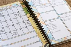♥ Organization: diy planner  I particularly like how she made it on a notebook.