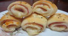 O Enroladinho de Queijo e Presuntoé delicioso e fácil de fazer. Faça para os familiares e amigos ou para vender. De qualquer forma, será um sucesso! Veja