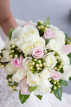 A Classic Bridal Bouquet in Shades of Pink and Ivory | Chloe Giancola Photography | See More! http://heyweddinglady.com/ashford-manor-bridal-styled-shoot/