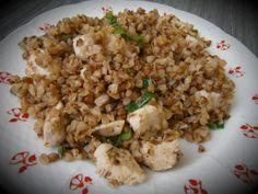 Kuřecí maso s pohankou po indicku Apd, Polenta, How To Do Yoga, Fried Rice, Quinoa, Fries, Ethnic Recipes, Bulgur, Nasi Goreng