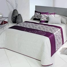 This Pin was discovered by Lui Quilt Bedding, Bedding Sets, Bed Cover Design, Bed Scarf, Bed Runner, Bed Throws, Bed Covers, Bed Spreads, Luxury Bedding