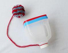 Hebbes! Van een plastic melkpak maak je samen met je kinderen geweldig nieuw speelgoed! Maar let op: hoe langer de draad, hoe moeilijker het spel…