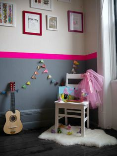 I love this bright pop of paint at the chair rail to give a kid the colourful room they want without driving mama batty :)