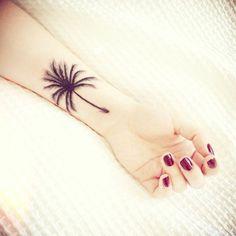 Mo Coppoletta |The Family Business | stunning palm tree tattoo