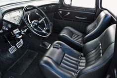 1959 Chevrolet Apache 'slammed' to show stance There is just something so inherently cool about trucks from the mid to late This era of automobiles b Chevrolet Apache, Chevy 3100, 55 Chevy Truck, Dodge Trucks, Diy Truck Interior, Assurance Auto, Classic Pickup Trucks, Custom Trucks, Cool Trucks