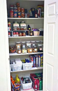 Different ways to organize your pantry. Great tips for cheap AND this is a GREAT site for little tips on everything. :)