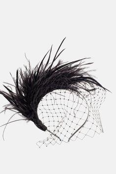 Diadema Norma - Negro Sinamay Hats, Fascinators, Headdress, Headpiece, Vestidos Zara, Farm Crafts, Free Phone Wallpaper, Derby Day, Pearl Headband