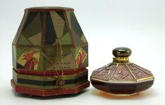 how to make perfume diy Antique Perfume Bottles, Old Bottles, Vintage Bottles, Powder Soap, Art Nouveau, Cosmetic Bottles, Bottle Box, Beautiful Perfume, Fragrance