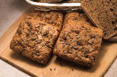 Pão integral de sementes, uma receita gostosa com os benefícios da Nutrição Naturalista. Prefira alimentos cultivados organicamente e seja mais saudável! http://www.eusemfronteiras.com.br/deliciosa-receita-naturalista-pao-integral-de-sementes/ #eusemfronteiras #pão #integral #sementes #receitas #nutrição