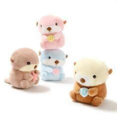 "Order the full set and receive a randomly selected mini plushie as a free bonus!Please note that the series and version of the free bonus mini plushies will be selected at random. Each of the cute otters from Amuse's Mucchiri Rakkun character series has their own little good luck charm, so why don't you let one of these plushies be your good luck charm? With an approximate size of 5.7"" by 4.7"" by 3.5"", the lineup includes Rakkun, Pon-kun, Shelulu, and Aqua-kun, each holding a treasure from…"