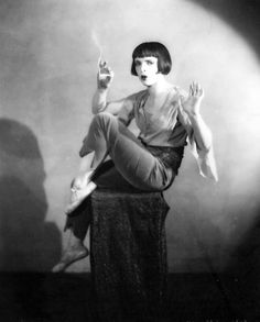 Louise Brooks in pants. This does not look like Louise....