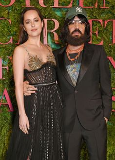 Dakota Johnson with  Alessandro Michele they both looks amazing at the Green Carpet Fashion Awards on Sep 24,2017 (Cr. @FiftyShadesEN/ Twitter)