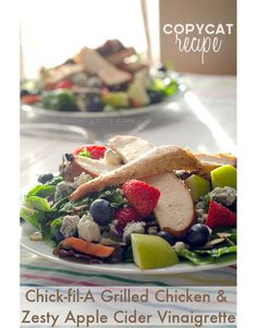 Copycat Chick-fil-a Grilled Chicken Marinade Copycat Chickfila Grilled Market Salad -- PALEO VERSION of the marinated grilled chicken AND the Zesty Apple Cider Vinaigrette. Chicken Marinades, Chicken Recipes, Marinade Chicken, Chicken Salad, Vegetable Recipes, Marinated Grilled Chicken, Grilled Veggies, Cooking Recipes, Healthy Recipes