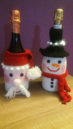 Crochet Christmas Decorations, Christmas Crochet Patterns, Beaded Christmas Ornaments, Handmade Christmas, Christmas Crafts, Christmas Projects, Yarn Crafts, Holiday Crafts, Diy And Crafts