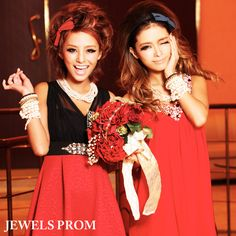 Takeda Shizuka & Ozaki Sayoko in red JEWELS PROM dresses <3 #gyaru