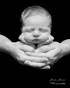 An ADORABLE newborn photograph from Jonie Jones Photography