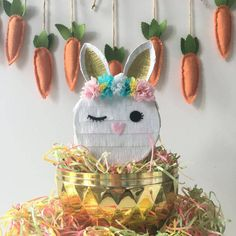 Artículos similares a Mini Pinata Pinata Cake Table Boho Party Boho Party Decorations Girls Birthday Girls Birthday Party Decorations Woodland Party Woodland en Etsy Bunny Party, Easter Party, Easter Gift, Easter Bunny, Easter Decor, Mini Pinatas, Box Bunny, Unicorn Pinata, Party Props