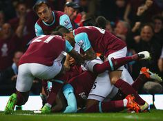 West Ham 3-2 Manchester United: Payet Inspires Huge Hammers' Comeback in Last Match at Upton Park