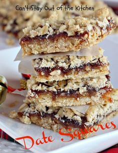 Date Squares - luscious, ooey-gooey, fruit-filled bar Delicious Cookie Recipes, Yummy Treats, Baking Recipes, Sweet Treats, Dessert Recipes, Healthy Cookies, Yummy Cookies, Bar Cookies, Date Squares