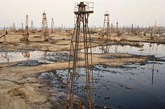 SOCAR Oil Fields #9. Baku, Aserbaidschan, 2006 | © Edward Burtynsky/Courtesy Nicholas Metivier, Toronto und Stefan Röpke, Köln