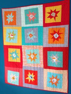 sewkatiedid/Happy Snowballed Sunshine quilt..just so cute ;-)