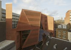 Arquitectos: O'Donnell+Tuomey Architects  Proyecto: London School of Economics, Saw Swee Hock Student Centre  Ubicación: Londres, Inglaterra