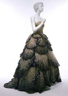 WOW!  1950s Dior gown, remarkable craftsmanship,  SWOON!