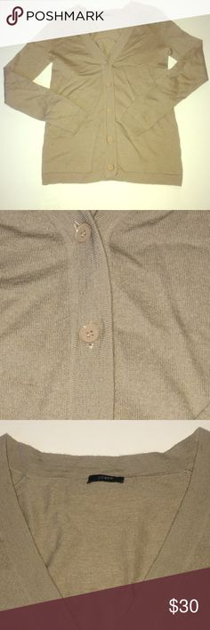 ‼️Flash Sale‼️J. Crew cardigan Tan J. Crew cardigan. Light, thin sweater like material. Great for work & casual wear. Perfect for heavy air conditioned environment, spring, summer & fall months as its a Lightweight merino wool blend. 55% wool, 30% nylon, 15% cashmere. Reasonable offers accepted. J. Crew Sweaters Cardigans