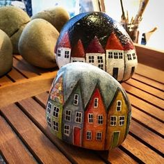 Pin by tracy thiede on rocks painted rocks, stone painting, rock crafts. Pebble Painting, Pebble Art, Stone Painting, Stone Crafts, Rock Crafts, Decoration St Valentin, Posca Art, Rock And Pebbles, House On The Rock