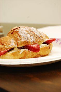Strawberry croissant, looks so delicious!!!