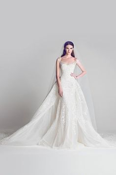 So dreamy and frothy! This dress is like a dream!