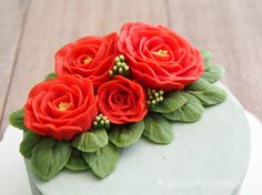 Korean Style Buttercream Flowers Cake - 15 - Bake With Paws