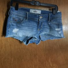 Hollister shorts sz 1 Hollister shorts sz 1 Hollister Shorts